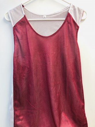 Maroon/White Pinny